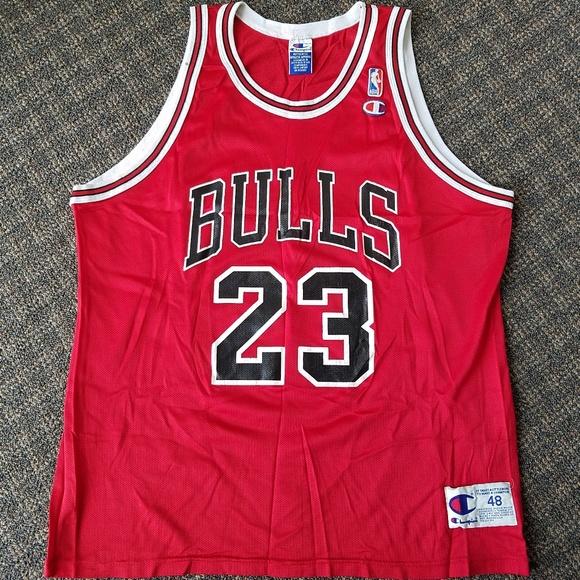new products 3070e ea2cf Vintage Champion Michael Jordan Bulls Jersey Red